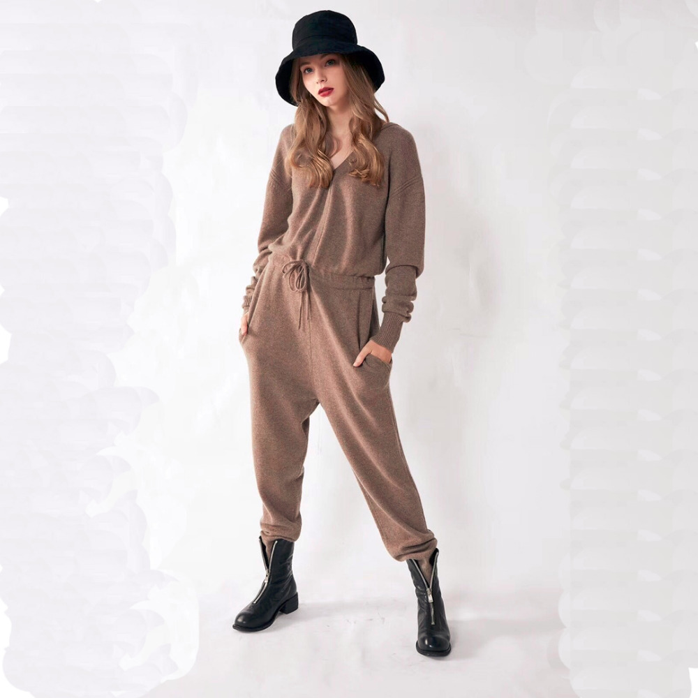 Adishree 2018 Woman Winter Cashmere Sweaters And Auntmun Women's Sets Knitted Jumpsuits High Quality Warm Female Pants