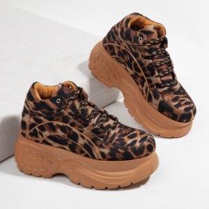 Image 3 - Женские кроссовки на платформе с леопардовым принтом, сезон весна осень, модная женская повседневная обувь на массивной подошве из лайкры для девочек, спортивная обувь на толстой подошве, 2020