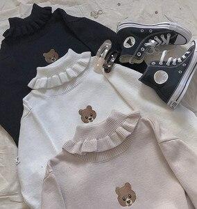 Image 4 - Harajuku słodki miś dziewczyna sweter z golfem Vintage na szyję Kawaii kobiet dziergany sweter kobiet wzburzyć wąski sweter biały czarny
