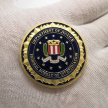 1 pçs novidade colorido puro 24k ouro chapeado moeda departamento de justiça dos eua americano fbi metal desafio moeda para o presente