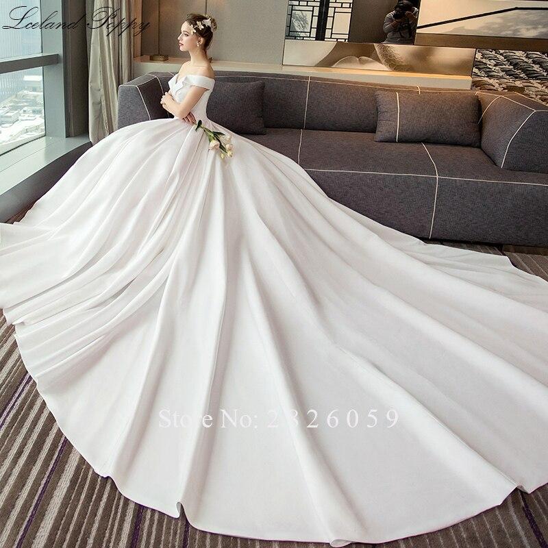 Vestido De Noiva Women's A-line Off The Shoulder Satin Wedding Dresses 2019 Floor Length Sleeveless Pleated Bridal Gowns Cathedral Train Empire Waistline
