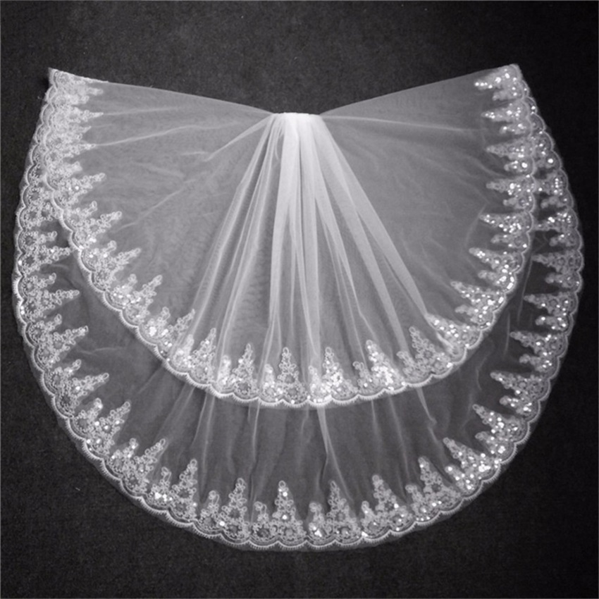 NUOXIFANG Bridal Veil Short With Comb Lace Appliqued Edge Tulle Bridal Veil Two Layer Elbow Length Wedding Accessories 2019