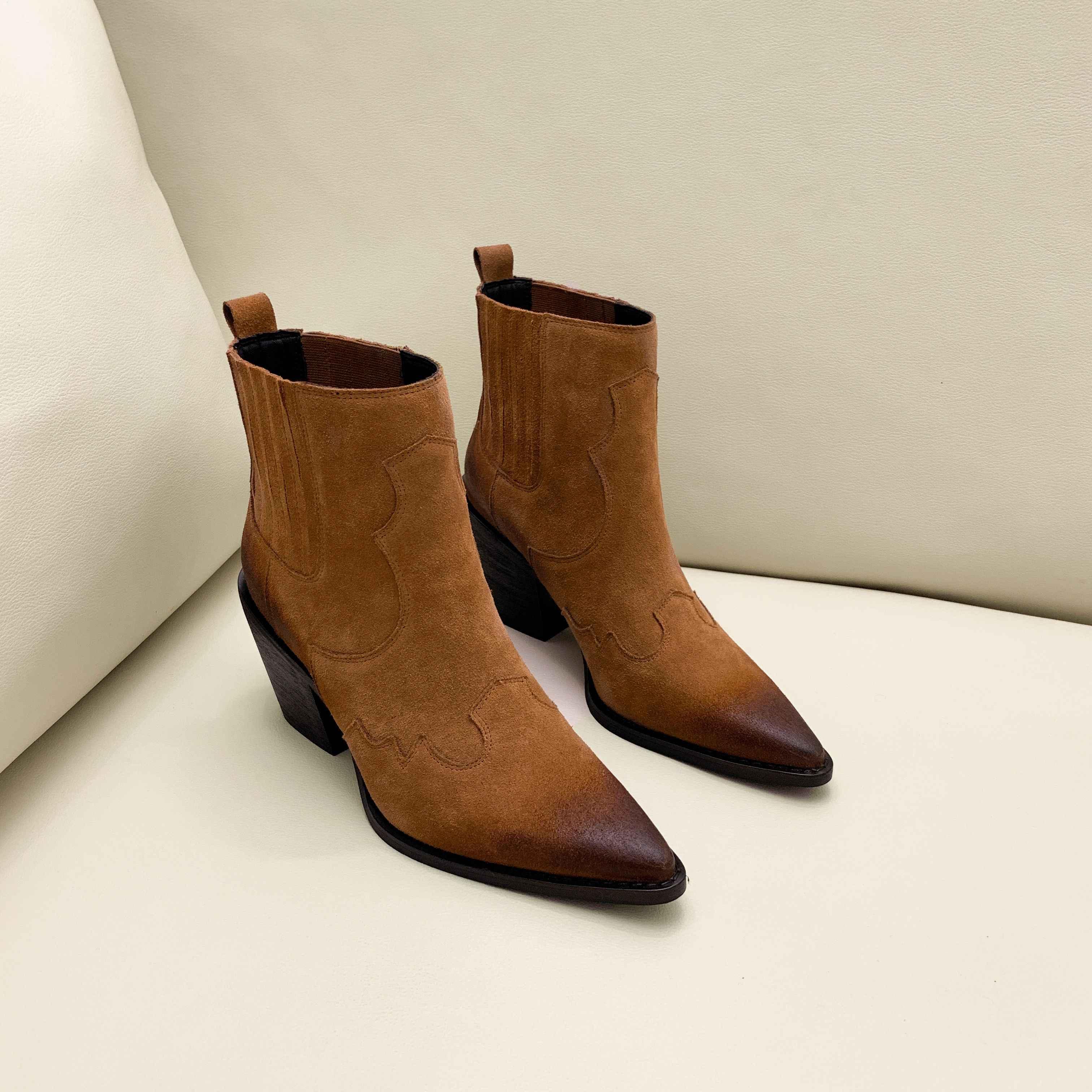 หนังรองเท้าผู้หญิง Pointed Toe กลางส้นหนารองเท้าส้น SLIP ON Western รองเท้าบูทคาวบอยผู้หญิง 2019 ใหม่