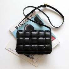 2020 New Cowhide Leather Crossbody Bags For Women Popular Weaving Luxury Handbags Women Bags Designer Shoulder Bags Ladies Totes