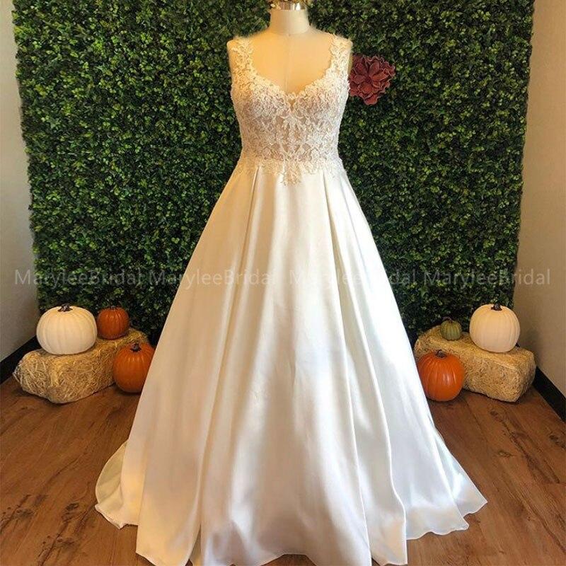 Illusion Bodice V-neck Wedding Dresses Ivory Appliques Plus Size Vestidos De Novia 2020 Robe De Mariage Sweep Train Bride Dress