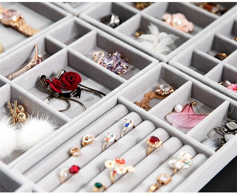 Ingenious Drawer Jewelry Organizer