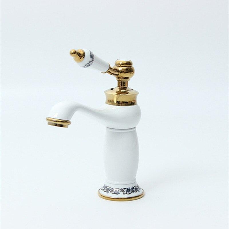 Купить настенный смеситель для ванной комнаты в европейском стиле латунный