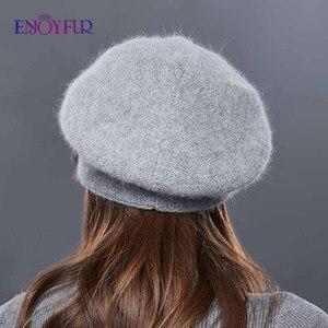Image 4 - Enjoyfur Thỏ Dệt Kim Mùa Đông Mũ Nam Nữ Cashmere Ấm Mũ Nồi Nữ Hoa Trang Trí Hoa Nữ Trung Niên Nắp