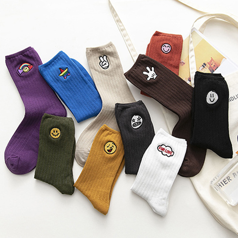 5 Pairs Womens Casual Socks Embroidery Cotton Blend Breathable Sock Cute Pattern TH36
