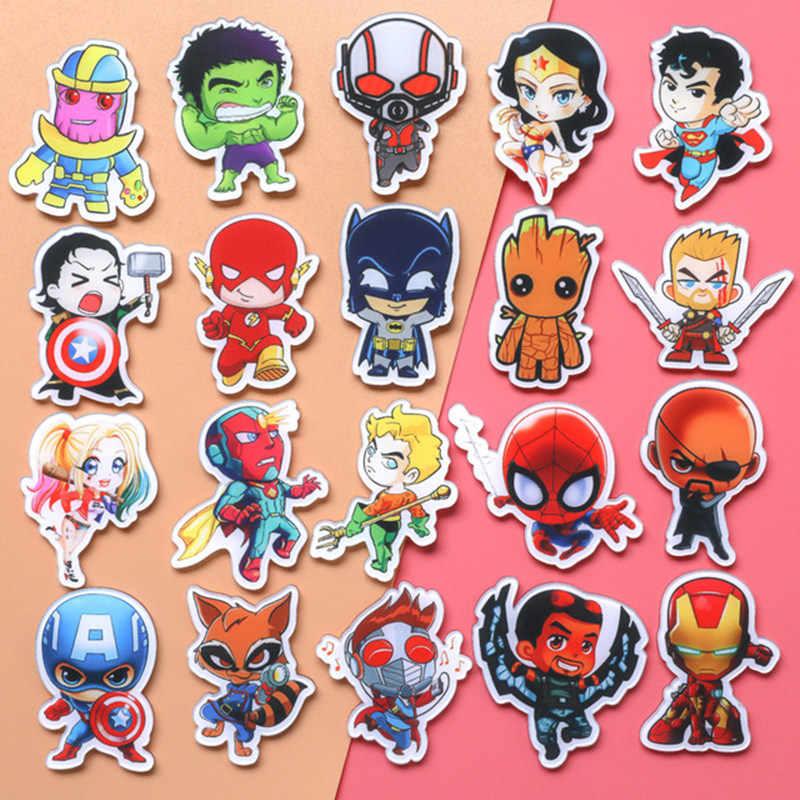 1PCS Mulheres Maravilha Marvel Vingadores Emblemas Pinos Broche Broches de Jóias Homem De Ferro Capitão América Spiderman Endgame Homens Presente
