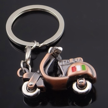 For Keychain Scooter Motorcycle 3D Metal Keyring For Piaggio 125 Ducati Honda Suzuki Key Holder Accessories image