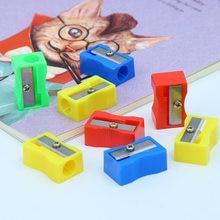 Pojedynczy otwór mały ołówek temperówka czerwony żółty niebieski zielony dzieci prezent szkolne materiały biurowe mały podręcznik plastikowy ołówek Sharpe