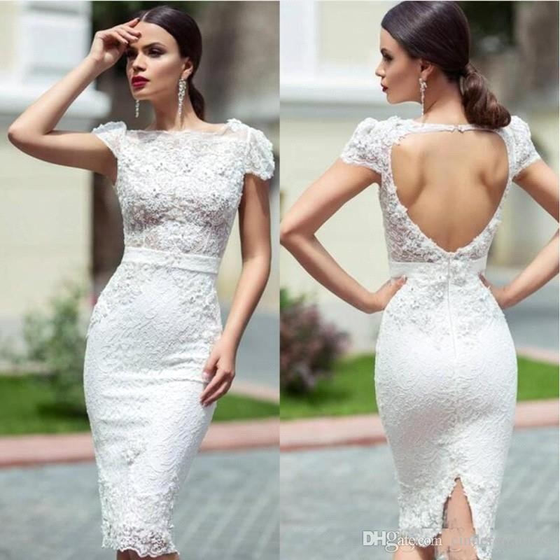 Lace Short Wedding Dresses 2019 Short Sleeves Applique Beaded Backless Beach Wedding Bridal Gown Plus Size Robe De Mariee