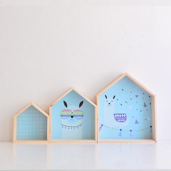 2019 nowa drewniana półka do pokoju dziecięcego dekoracja przedszkola ścienna drewniana półka z nadrukiem dla dzieci chłopiec dziewczyna dekoracja ścienna do pokoju półka tanie i dobre opinie Nowoczesne Drewna Wiszące White Pink Blue Kids Room Wall Shelf Natural Wood 30*35 cm 24*27 cm 17*20 cm Kids Room Nursery Decoration