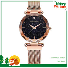 The New Fashion Leisure Womens Garments in 2019 with Star Female Watch Quartz Matched Korean Version