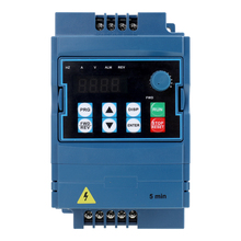 цена на Portable variable frequency speed regulation VFD inverter AC inverter 2.2kw 380V spindle inverter three-phase inverter