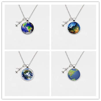 2019 New World Map Necklace Discovery Travel Discover Glass Pendant Cabachon Airplane Pendant Necklace Men and Women Gifts image