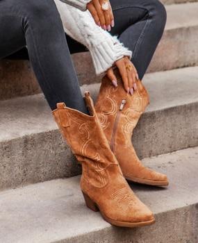 [GOGD] Flat Platform Cowboy Boots Women Shoes Autumn Winter Fur Leather Boots Fashion Round Toe High heels  Ladies Shoes цена 2017