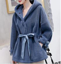 Rubilove 2019 Women Winter Real Fur Overcoat Sheep Shearing Lady Casual Warm Natural Lamb 100% Wool Hooded Coa