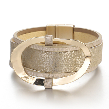 Wide Bracelet shop displayed different angle
