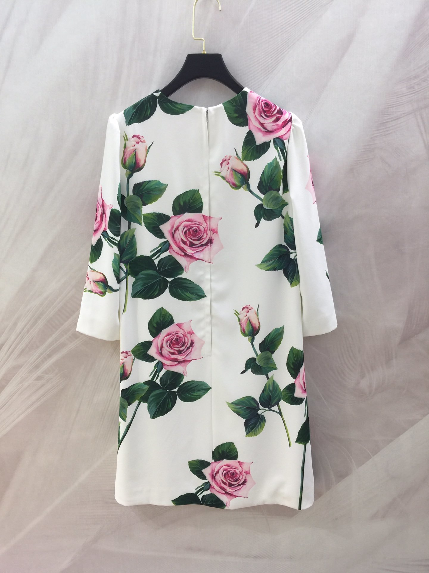 Image 3 - HH040  A new dress for early spring Welcome the coming spring.  flowerDresses   -