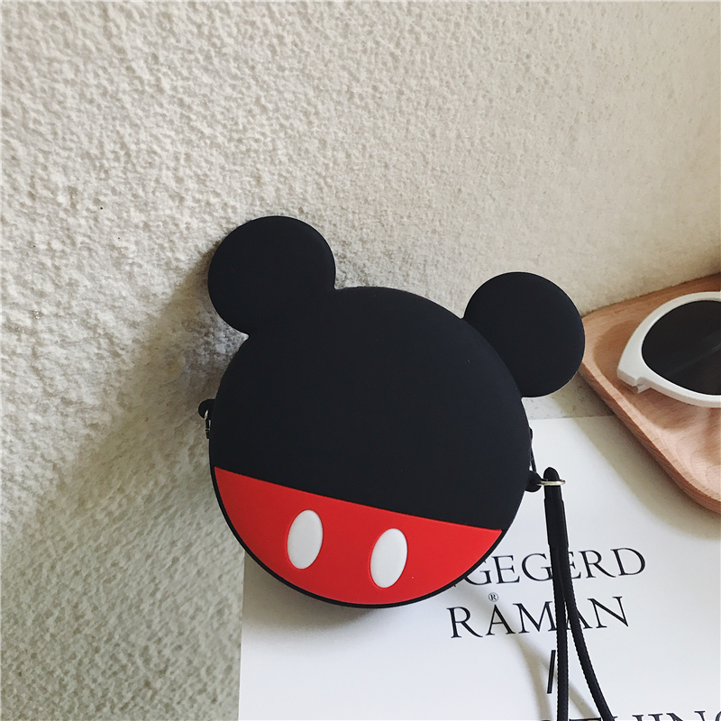 Q UNCLE Kawaii Fashion Coin Purses Lovely Cartoon Bear Pouch Women Small Wallet Soft Silicone Coin Bags Kid Gift Keychain Bags