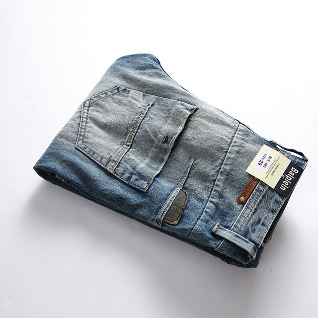 Fashion Retro Destroyed Men Jeans Slim Fit Classical Denim Pants Embroidery Patches Ripped Jeans Men Streetwear Hip Hop Jeans 47