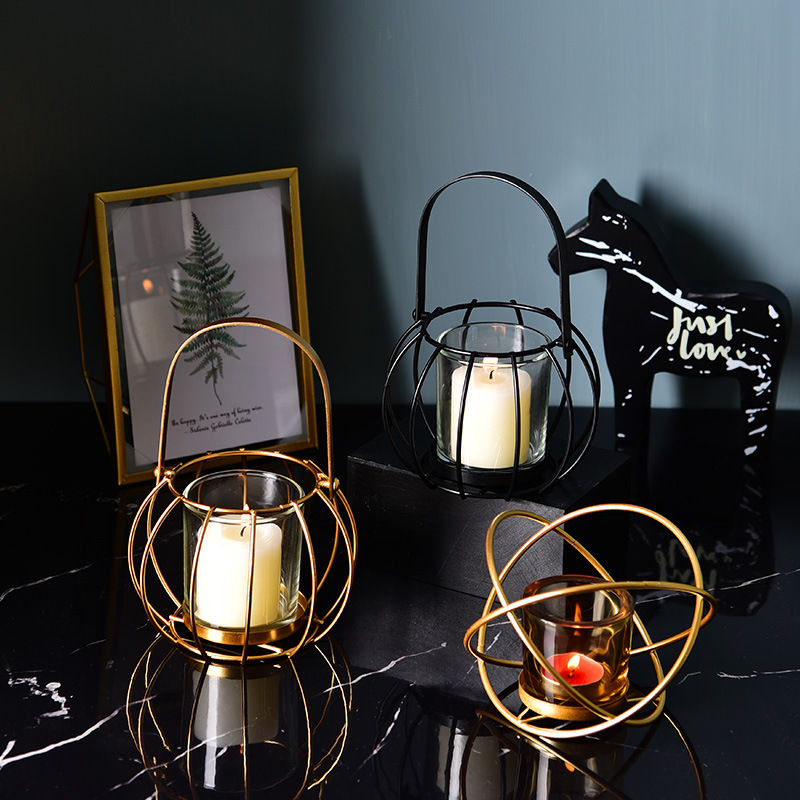 Ins metal light luxury European style iron art earth candle holder coffee shop table romantic candlelight  home decoration