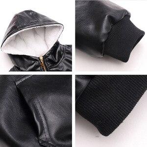 Image 5 - Chaqueta de piel con capucha para niños y niñas, chaqueta de cuero de motociclista con cremallera, forro polar cálido para invierno, prendas de vestir exteriores para adolescentes, 6, 9, 10, 11 y 12 años
