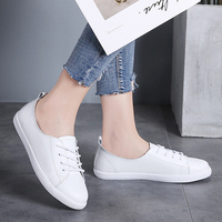 2019 soft bottom shoes women ins tide super fire street shoot flat bottom comfortable wild summer and autumn simple casual white
