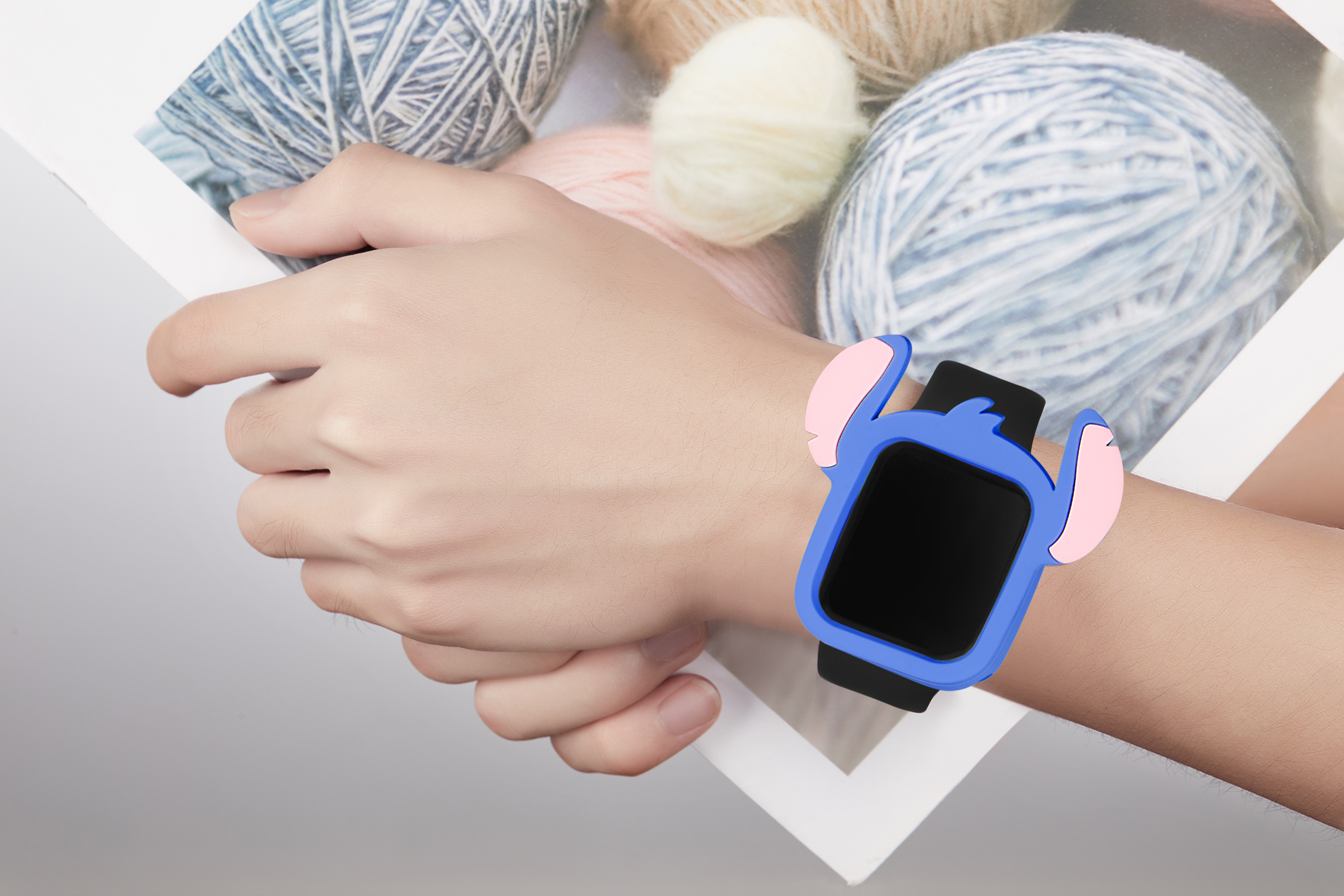 Serilabee Stitch Case for Apple Watch 17