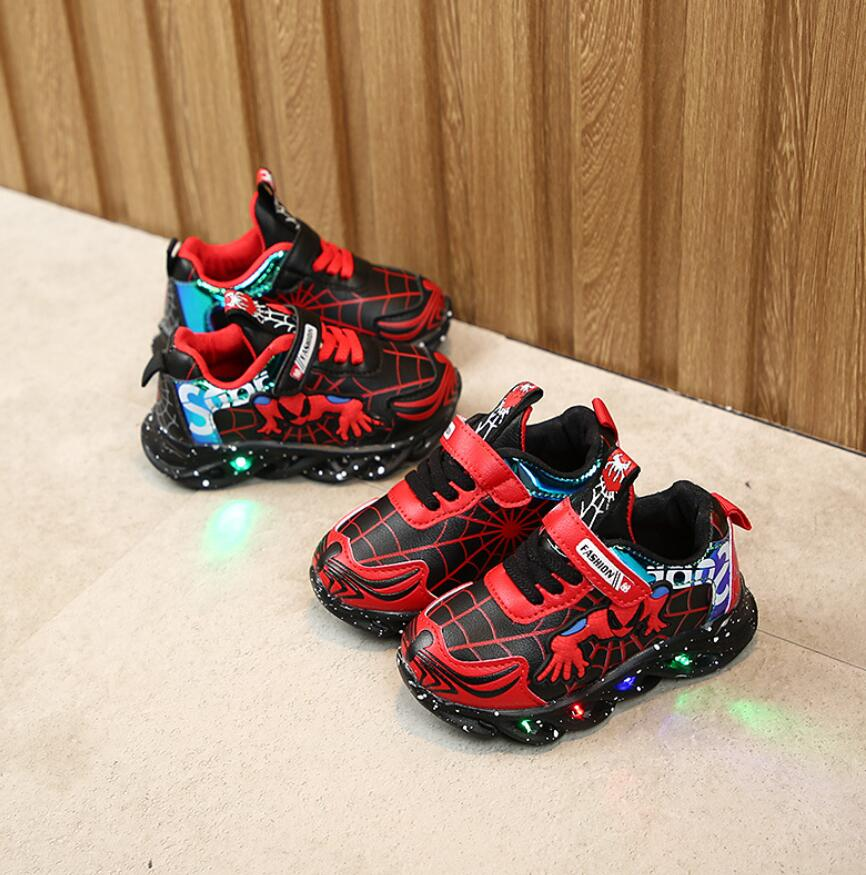 New Spring Printed Cartoon Children Shoes With Light Kids Led Shoes Luminous Glowing Sneakers Baby Toddler Girls Antiskid Shoes