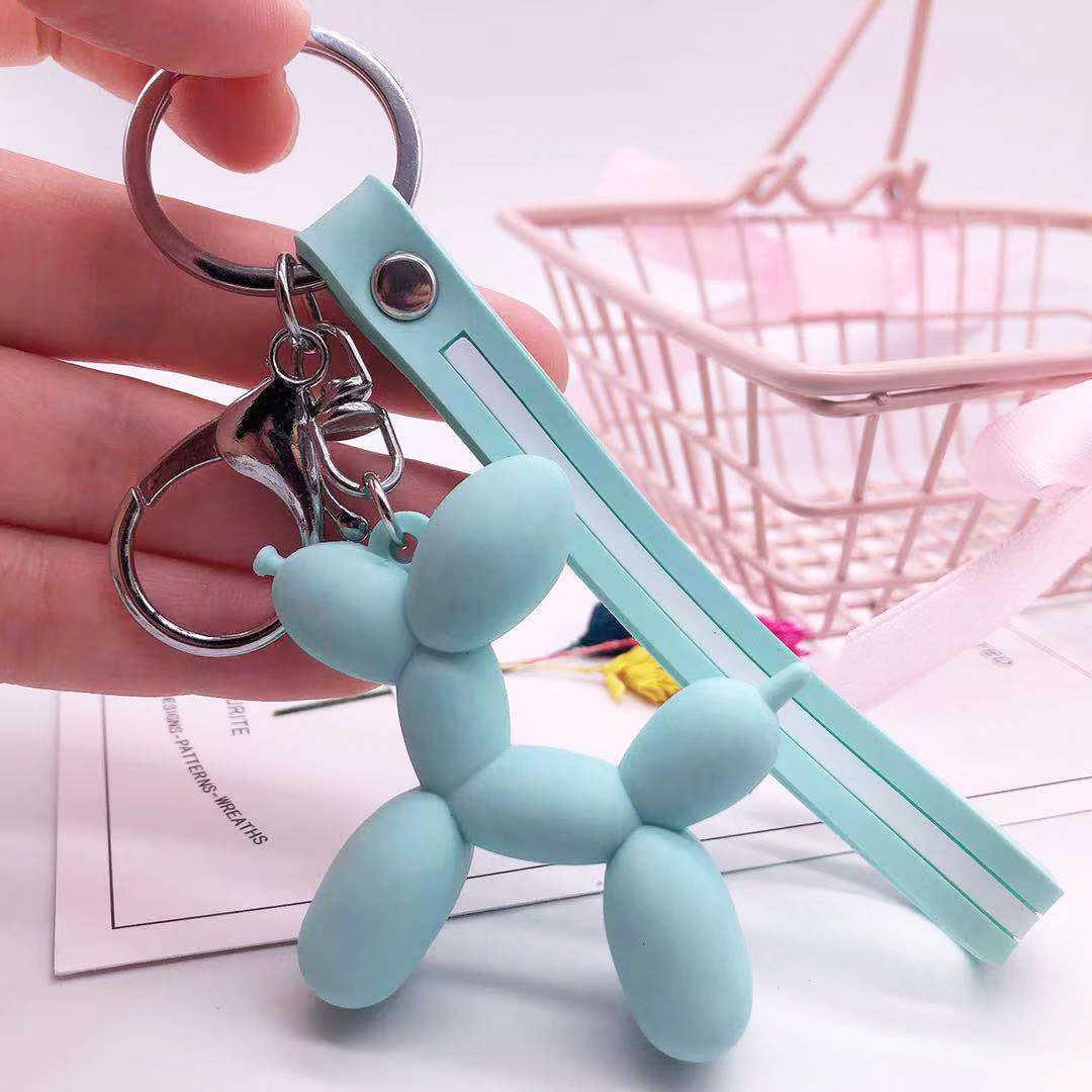 Dessin animé ballon chien porte-clés coloré en caoutchouc souple PVC belle chien porte-clés pour les femmes porte-clés voiture porte-clés sac pendentif bijoux