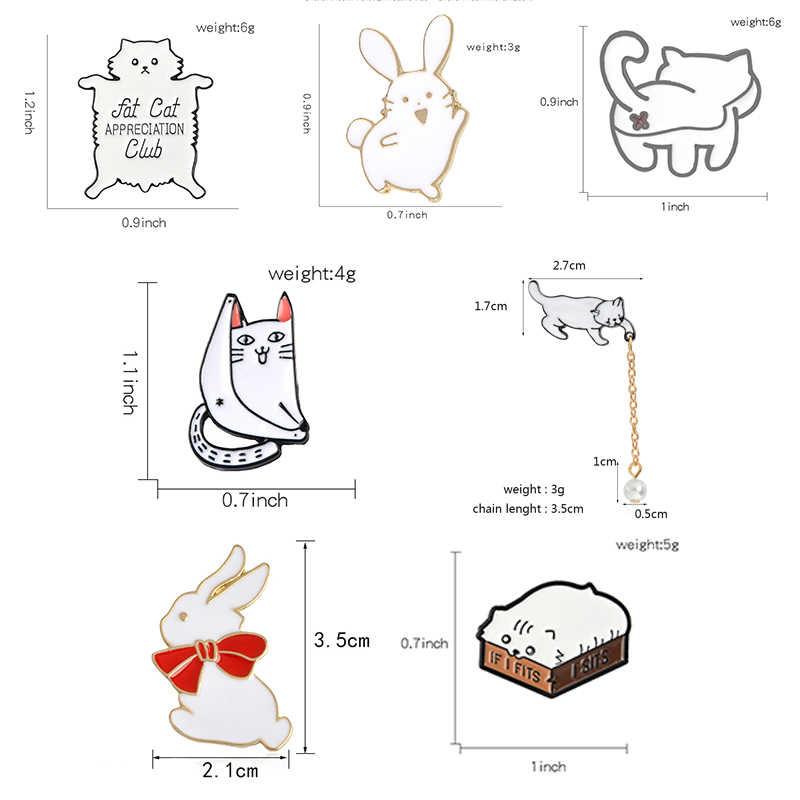 おかしい猫エナメルピンカスタムかわいい脂肪ボックスバットキティのバッジブローチ女性のための女の子服バッグジュエリーギフト動物ラペルピン