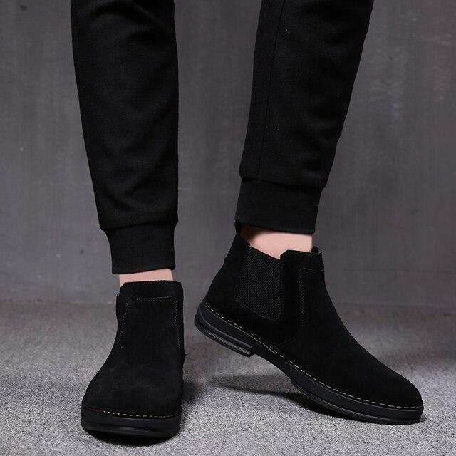 Mens moda di lusso stivali di pelle morbida slip on nero utensili scarpe di camoscio deserto chelsea bota nero botines caviglia militare hombre