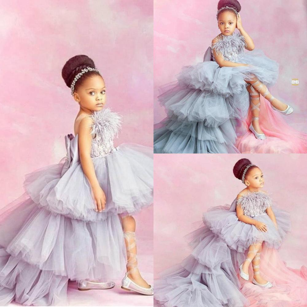2020 High Low Flower Girl Dresses For Wedding Lace Appliqued Tiered Skirts Little Girls Pageant Dress Feather First Holy Communi