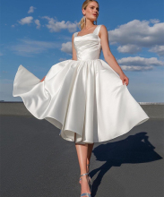 Short Wedding Dress Simple Satin Spaghetti Strap A-Line Bridal Gowns White Knee Length Robe De Mariee Sleeveless Gorgeous Beach