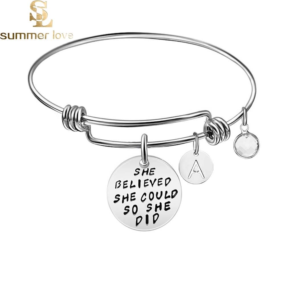 Bracelets en fil extensible en acier inoxydable pour femmes 26 initiales lettre nom bracelet 2019 Bracelets de manchette cadeaux inspirants bijoux-in Bracelets from Bijoux et Accessoires    1