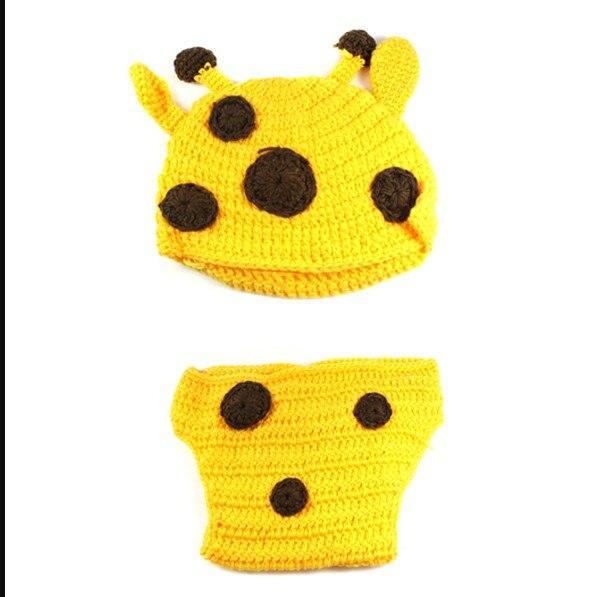 Newborn Photography Props Lovely Rabbit Costume Ears Hat+Pants+Carrot Handmade Cotton Yarn Studio Photography Clothing