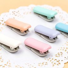 1PC Mini Adhesive Washi Paper Tape Dispenser Cutter School Supply Random Color random color correction tape 1pc