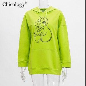 Image 5 - Chicology ネオンガール柄プリントオーバーサイズストリートパーカープルオーバー長袖 kpop 服 2019 秋の冬の女性のトップ