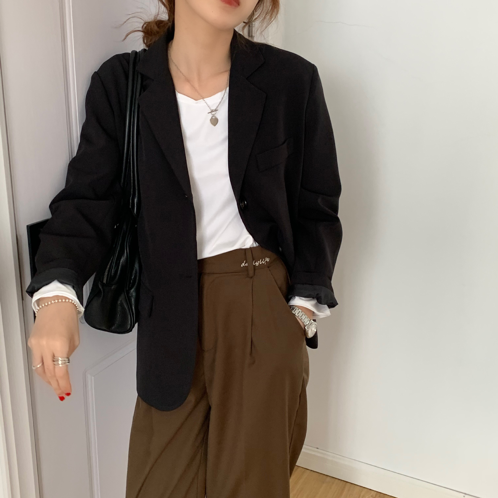 Early Autumn Korean-Style Internet Celebrity Chic Small Suit Jacket Women's British-Style Age-Reducing Slimming Suit Pleated Ski