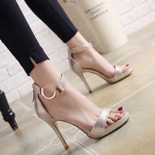 Sexy women's sandals 2019 summer new word buckle high heels fine with wild open toe nightclub waterproof platform ladies sandals sexy nightclub waterproof shoes 16cm heels spring and summer sexy fine with the fish head high with sandals