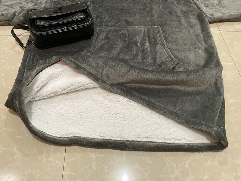 Winter Warm TV Pocket Hooded Blankets Adults Kids Bathrobe Sofa Cozy Blanket Sweatshirt Plush Coral Fleece Blankets Outwears-5