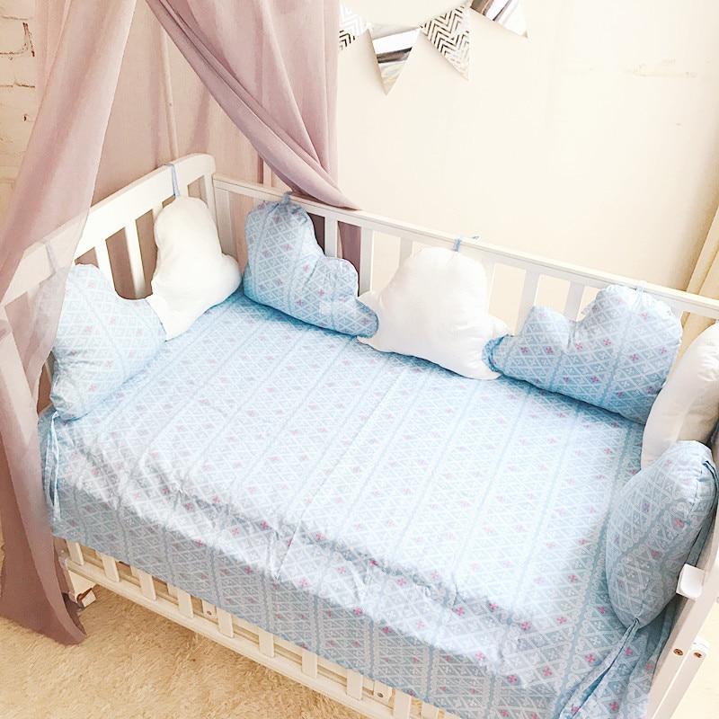 Newborn  Infant Cushion Bumpers Baby Room Decor Nursing Bumper Cloud Shape Baby Nursery Lovely Cushion YCZ041