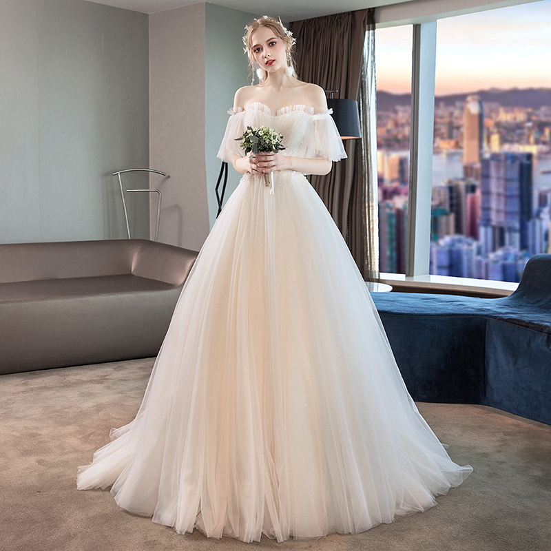 2020 Real Vestidos Celebrities Main Wedding Dress 2020 New Bride French Simple Show Thin Tail Go Out Light Hepburn