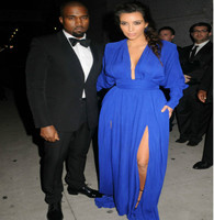 Kim Kardashian Royal Blue Celebrity Dress Plus Size Long Sleeves Deep Plugging Formal Red Carpet Dress Front Slits Evening Dress