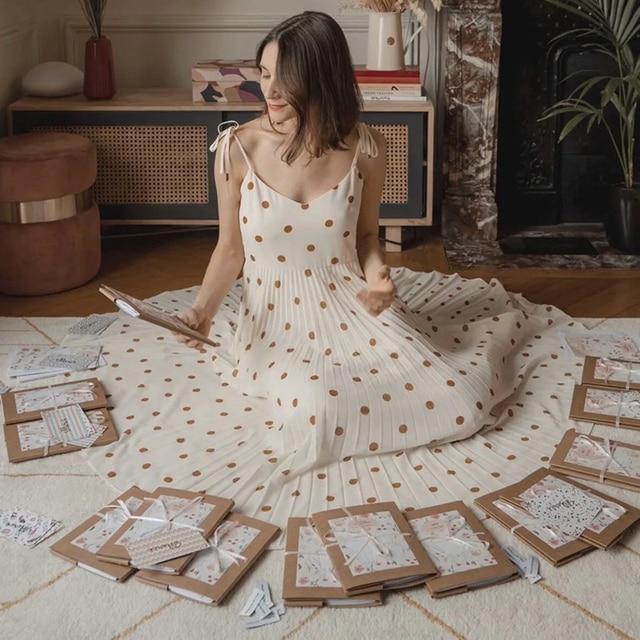 Vintage women elegant polka dots long dress 2020 summer fahsion ladies soft chiffon dresses boho female pleated dress girls chic 1