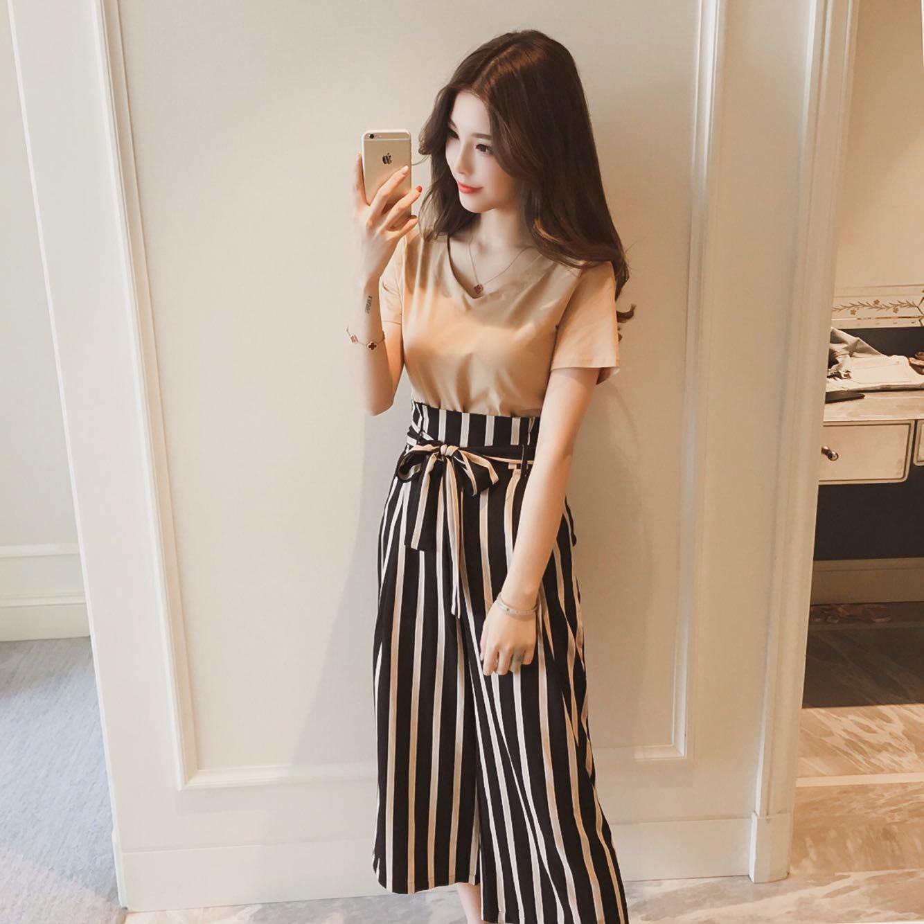 2019 Summer New Style Korean-style V-neck Short Sleeve T-shirt + Stripes Capri Loose Pants WOMEN'S Suit Casual Two-Piece Set Fas