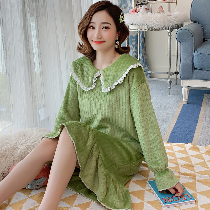 Autumn & Winter Cute Coral Velvet Nightgown Women's Thick Long Flannel Warm Pajamas Pregnant Women Bathrobe Women's Women's Robe